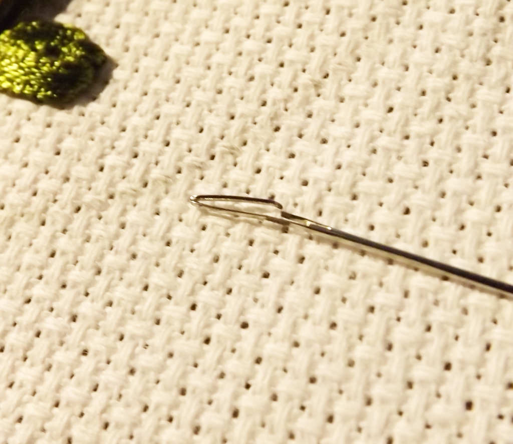 photo of a broken needle