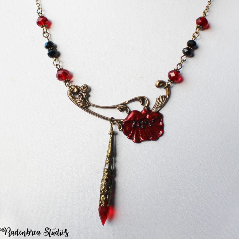 Poppy necklace in Bronze Pic 1