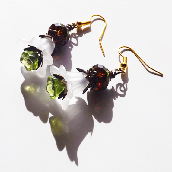 pic of white floral earrings
